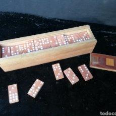 Juegos antiguos: VIEJO DOMINÓ ARTESANAL. Lote 179518605