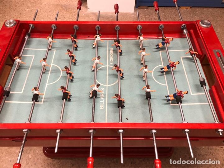 Juegos antiguos: Magnífico futbolín Córdoba en perfecto estado. Barça - Real Madrid, 1980 aprox. - Foto 3 - 182846535