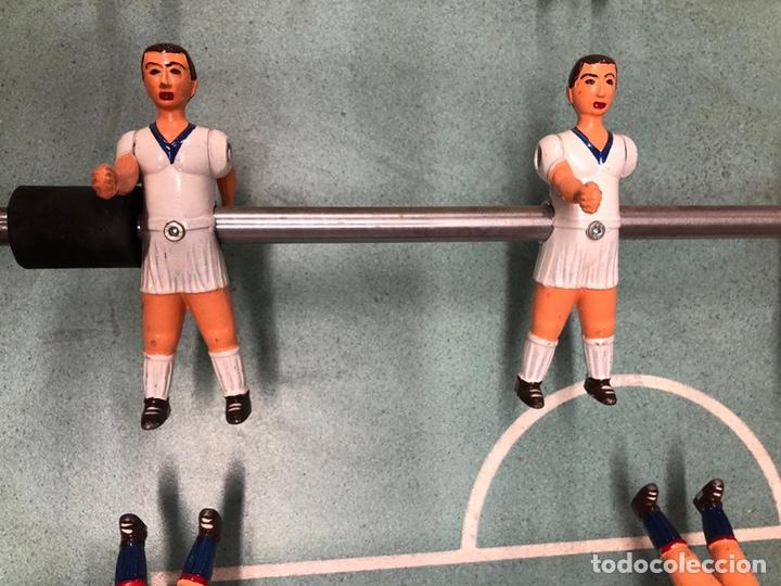 Juegos antiguos: Magnífico futbolín Córdoba en perfecto estado. Barça - Real Madrid, 1980 aprox. - Foto 4 - 182846535