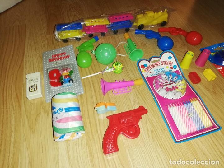 Juegos antiguos: Lote de juguetes y artículos años 80 kiosko, era EGB, cheiw, boomer, años 70,años 90,dunkin - Foto 3 - 187461025