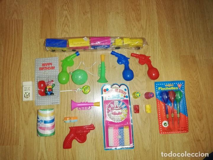 Juegos antiguos: Lote de juguetes y artículos años 80 kiosko, era EGB, cheiw, boomer, años 70,años 90,dunkin - Foto 5 - 187461025