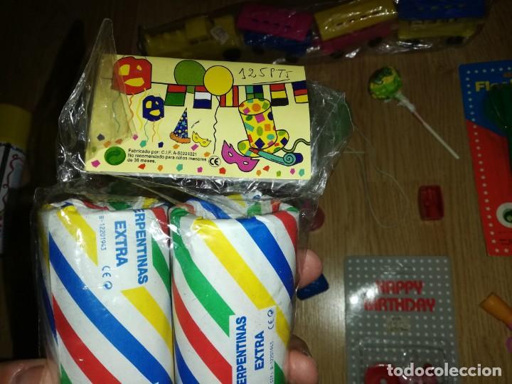 Juegos antiguos: Lote de juguetes y artículos años 80 kiosko, era EGB, cheiw, boomer, años 70,años 90,dunkin - Foto 7 - 187461177