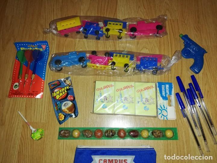 Juegos antiguos: Lote de juguetes y artículos años 80 kiosko, era EGB, cheiw, boomer, años 70,años 90,dunkin - Foto 2 - 187461536