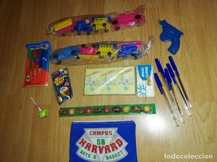 Juegos antiguos: Lote de juguetes y artículos años 80 kiosko, era EGB, cheiw, boomer, años 70,años 90,dunkin - Foto 3 - 187461536