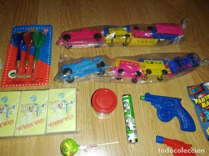 Juegos antiguos: Lote de juguetes y artículos años 80 kiosko, era EGB, cheiw, boomer, años 70,años 90,dunkin - Foto 4 - 187461740