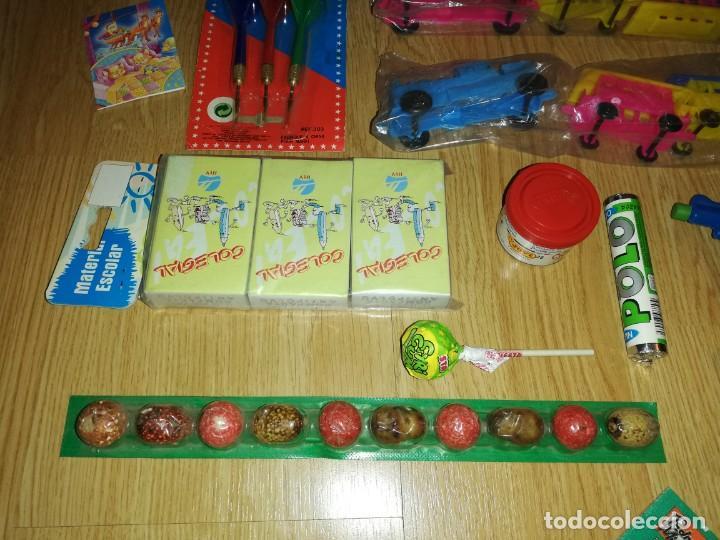 Juegos antiguos: Lote de juguetes y artículos años 80 kiosko, era EGB, cheiw, boomer, años 70,años 90,dunkin - Foto 5 - 187461740