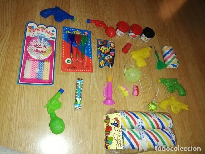Juegos antiguos: Lote de juguetes y artículos años 80 kiosko, era EGB, cheiw, boomer, años 70,años 90,dunkin - Foto 4 - 187462103