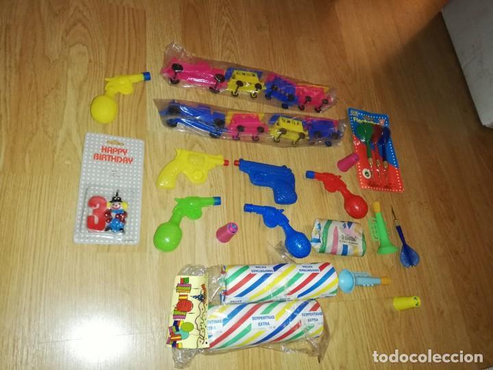 Juegos antiguos: Lote de juguetes y artículos años 80 kiosko, era EGB, cheiw, boomer, años 70,años 90,dunkin - Foto 4 - 187462958