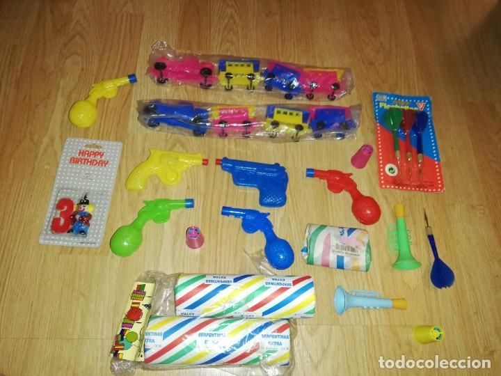 Juegos antiguos: Lote de juguetes y artículos años 80 kiosko, era EGB, cheiw, boomer, años 70,años 90,dunkin - Foto 5 - 187462958