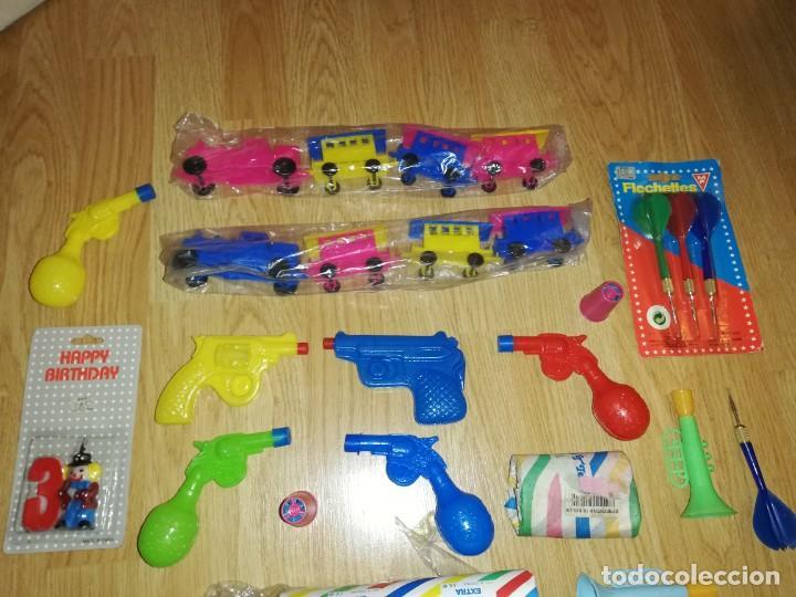 Juegos antiguos: Lote de juguetes y artículos años 80 kiosko, era EGB, cheiw, boomer, años 70,años 90,dunkin - Foto 6 - 187462958
