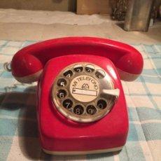 Juegos antiguos: ANTIGUO JUGUETE TELEFONO ROJO DE RULETA DE LOS AÑOS 70 . Lote 190296605