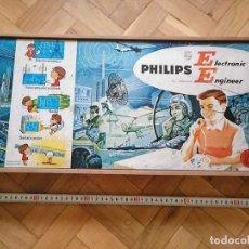 Juegos antiguos: PHILIPS ELECTRONIC ENGINEER EE20 AÑOS 60 - 70 EN CAJA DE MADERA. MUY INCOMPLETO. Lote 193848133