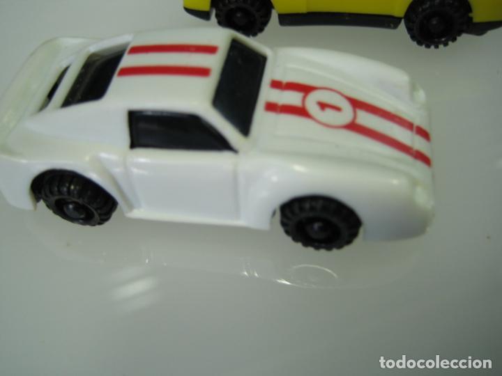 Juegos antiguos: Auto Cross de Mattel 1990. Falta arco de meta. Tiene los coches - Foto 17 - 32746923