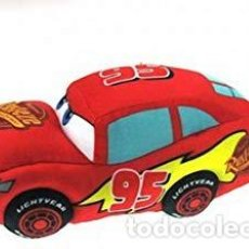 Juegos antiguos: CARS RAYO MCQUEEN PELUCHE COCHE ROJO UNOS 30 CENTIMETROS DE LARGO. Lote 194779221