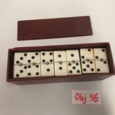 Juegos antiguos: ANTIGUO JUEGO DE DOMINÓ. Lote 196813135