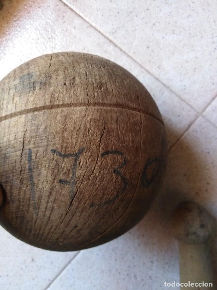 Juegos antiguos: Lote Bolas de madera y bolo antiguo - Foto 2 - 210629975