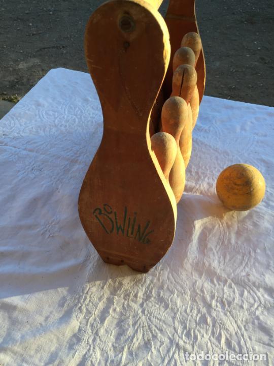 Juegos antiguos: Antiguo juguete juego de billas de madera con soporte y bola de madera marca Bowling años 50 - Foto 11 - 230787795