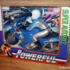 Juegos antiguos: SUPER AUTOBIKE POWERFUL - MOTO CON PILOTO A PILAS - NUEVO Y EN SU CAJA ORIGINAL. Lote 234583495