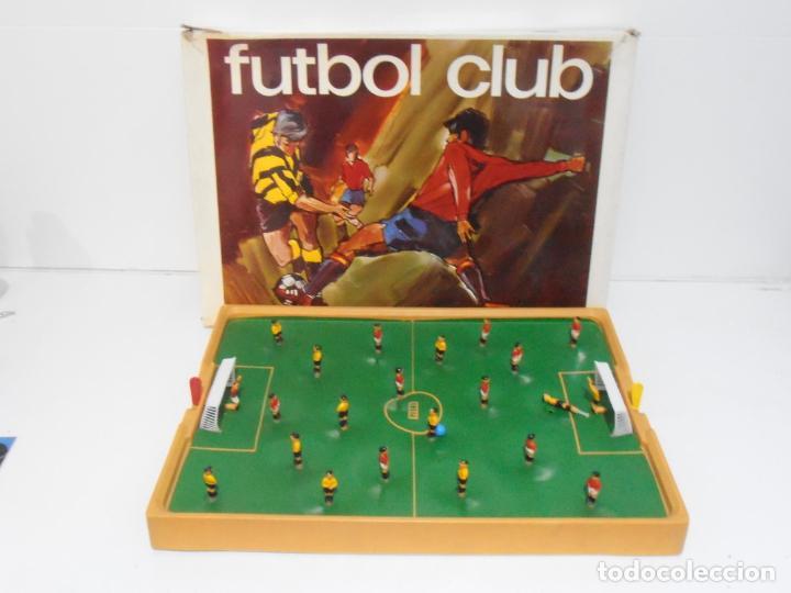 JUEGO FUTBOL CLUB, PERMA REEXSA, AÑOS 70 MADE IN SPAIN (Juguetes - Juegos - Otros)