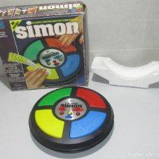 Juegos antiguos: JUEGO ELECTRÓNICO ORIGINAL MI AMIGO SIMON DE MB 1981. Lote 240229305