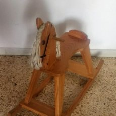 Juegos antiguos: CABALLO DE MADERA BALANCIN - JUGUETE INFANTIL. Lote 253631395
