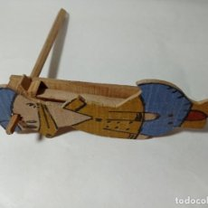 Giochi antichi: JUEGO CARRACA EN MADERA PATO DONALD ANTIGUO NO COPIA REF240. Lote 275557478