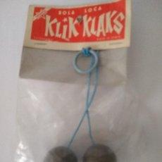Juegos antiguos: BOLA LOCA KLIK KLAKS ( CON INSTRUCCIONES ) AÑOS 60 - 70 BOLSA CERRADA. Lote 279406888