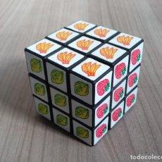 Juegos antiguos: JUGUETE, ANTIGUO CUBO RUBIK - FRUTAS. Lote 295476058