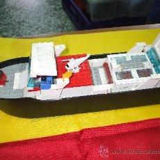 Juegos construcción - Lego: ANTIGUO BARCO DE LEGO ES DE LOS 80 Y ESTA COMPUESTO DE INFINIDAD DE PIEZAS ,MIDE SOBRE 33 CENTIMETRO. Lote 32742264