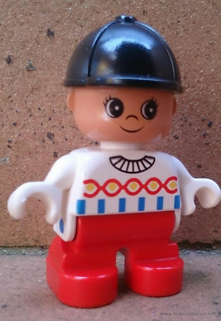 FIGURA LEGO DUPLO, NIÑO CASCO NEGRO (Juguetes - Construcción - Lego)