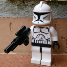 Juegos construcción - Lego: FIGURA LEGO STAR WARS CLONE JET TROOPER . Lote 51076385