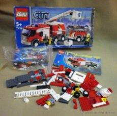 Juegos construcción - Lego: LEGO CITY, SET 7239, CAMION DE BOMBEROS, RESCATE, NO SE SI ESTA COMPLETO. Lote 51396837