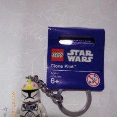 Juegos construcción - Lego: LEGO STAR WARS LLAVERO CLONE PILOT REF. 853039 NUEVO. MINI-FIGURA LLAVERO PILOTO CLON ORIGINAL LEGO. Lote 97224899