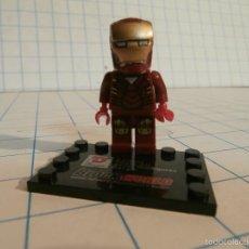 Juegos construcción - Lego: FIGURA IRONMAN LEGO CON PEANA. Lote 58259514