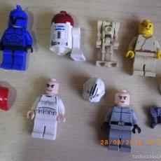 Juegos construcción - Lego: LOTE RESTOS LEGO STAR WARS MINIFIGURAS ROBOT SIN UNA PATA Y COMPLEMENTOS - VER FOTOS. Lote 58935490