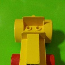 Juegos construcción - Lego: VIEJO COCHE COCHECITO DE LEGO, MECCANO O SIMILAR DE 12 CM DE LARGO. Lote 71971503