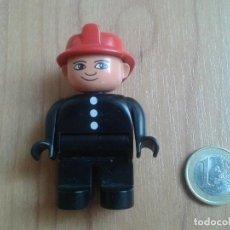 Juegos construcción - Lego: LEGO DUPLO -- MUÑECO -- BOMBERO -- NEGRO Y ROJO. Lote 96839167