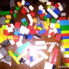 Juegos construcción - Lego: GRAN LOTE LEGO CON MUCHISIMAS PIEZAS DE COLORES BLOQUES ... ETC VER FOTOS. Lote 105052735
