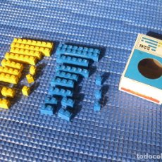 Juegos construcción - Lego: CAJA DE PIEZAS LEGO CON BRICKS O LADRILLOSAZULES Y AMARILLOS - REF 922. Lote 131137224