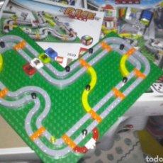 Juegos construcción - Lego: LEGO 2009 RF 3839 RACE 3000 ~ JUEGO DE MESA COMPETICIÓN DE 4 MINI COCHE CON DADO GOMA NEGRO. Lote 131146519