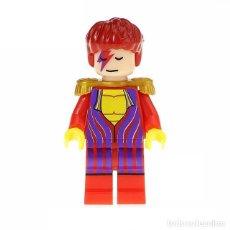 Juegos construcción - Lego: FIGURA DE DAVID BOWIE. FIGURA COMPATIBLE. (ENVÍO SOLO A ESPAÑA 2,5€) SUELTA, EN BOLSITA. NUEVA.. Lote 194707373