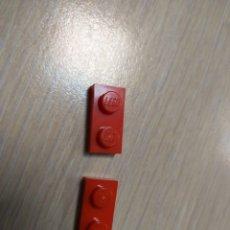 Juegos construcción - Lego: LEGO 3023 PIEZA PLACA 1 X 2 1X2 ROJO X2 PIEZAS. Lote 148345870
