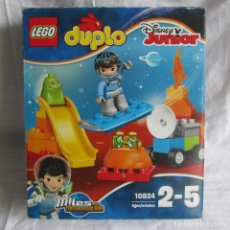 Juegos construcción - Lego: LEGO DUPLO DISNEY JUNIOR 10824 MILES FROM TOMORROWLAND, COMPLETO. Lote 169225156