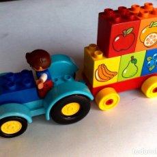 Juegos construcción - Lego: LEGO DUPLO,TRACTOR CON REMOLQUE. Lote 174001704