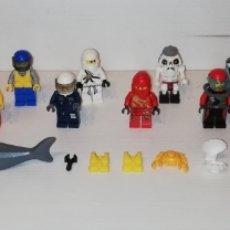 Juegos construcción - Lego: LOTE DE 21 FIGURAS VARIAS LEGO ORIGINALES TIBURONES TESORO ACCESORIOS PIEZAS FIGURA TIBURON ORO. Lote 174042088