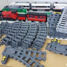 Juegos construcción - Lego: LOTE INDIVISIBLE DE LEGO: TRENES, VEHÍCULOS Y MOVILIARIO. Lote 177400165