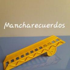 Juegos construcción - Lego: LEGO DUPLO 2637 ANTIGUA ESCALERA AMARILLA PIEZA CAMION BOMBEROS 1987. Lote 181435895