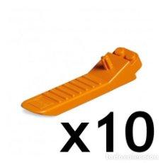 Juegos construcción - Lego: LOTE DE 10 SEPARADORES DE PIEZAS DE LEGO COLOR NARANJA (REF. 630 / 4654448 / 96874). SUELTOS.. Lote 184186876