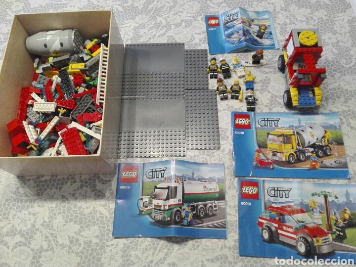 LOTE CATALOGOS, FIGURAS Y PIEZAS LEGO CITY (Juguetes - Construcción - Lego)