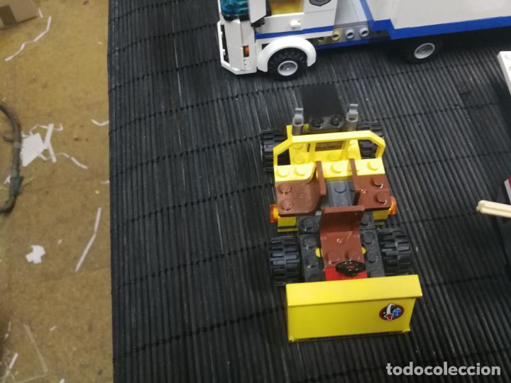 Juegos construcción - Lego: LEGO CITY 60080 TRANSBORDADOR ESTACION ESPACIAL Y TRAILER POLICIA - Foto 3 - 203400255